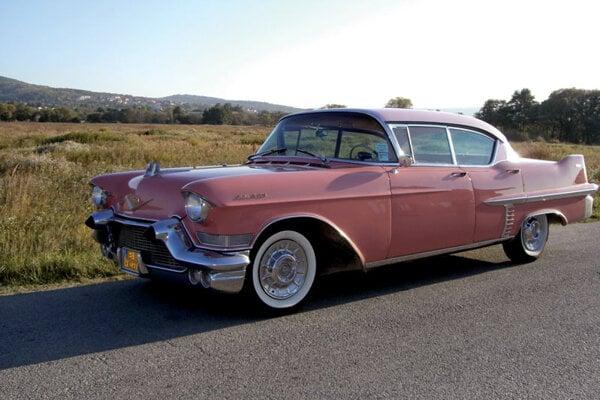 This 1957 Cadillac Sedan de Ville will open their eyes, especially with you behind the wheel.