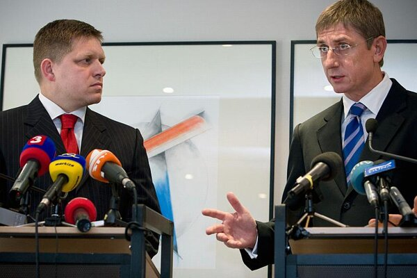 Robert Fico (left) and Ferenc Gyurcsány