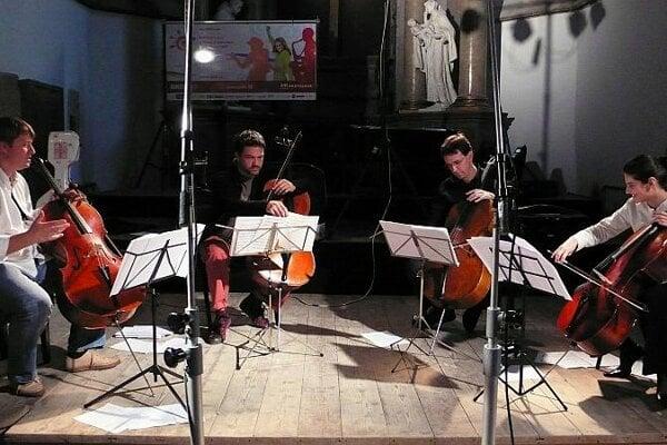 The Visegrad Cello Quartet rehearsing.