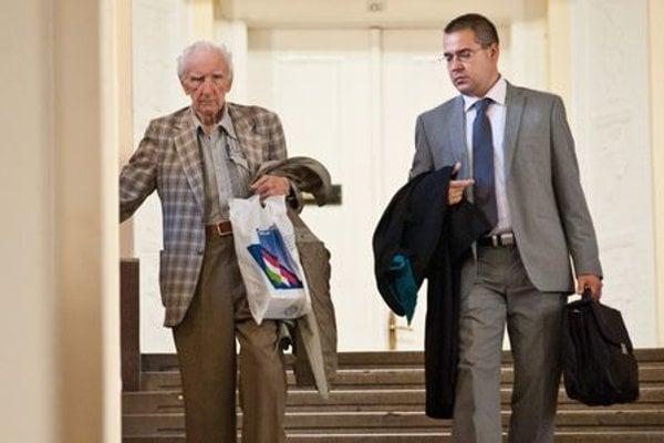 Csatáry and his lawyer