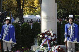 Wreath were laid at the Štúr memorial.