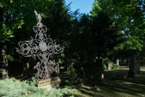 The historical Cintorín pri Kozej Bráne cemetery.
