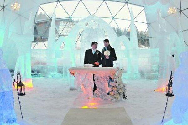František and Dagmar Báleks marry in his ice temple at Hrebienok.