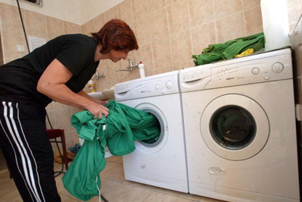 Washing, illustrative stock photo