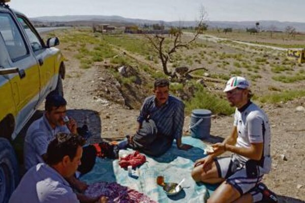 Karol Voltemár on his cycling trip in Iran.
