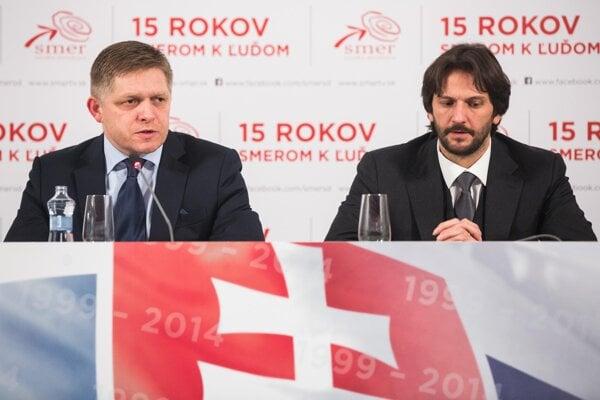 Prime Minister Robert Fico (l) and Interior Minister Robert Kaliňák