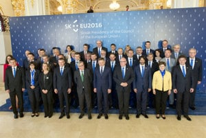 European Commission and Slovak cabinet.