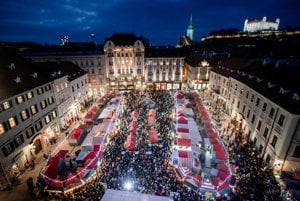The Christmas market at the Main Square.