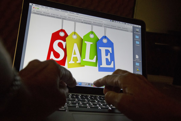 Online shopping, illustrative stock photo.