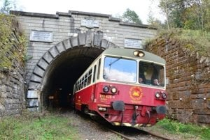 The historical train rides around Gothic UNESCO sites in the Spiš Region.
