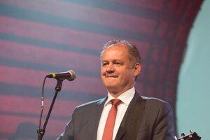 During the Via Bona Awards ceremony Slovak President Kiska became part of the music band