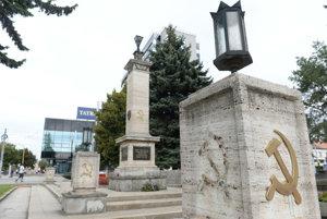 The damaged memorial in Košice