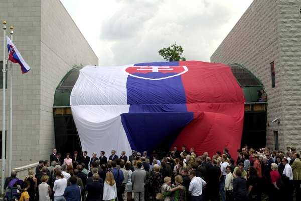 Slovakia got its new diplomatic residence building in Washington, D.C., in 2001.