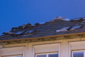 The roof of a school in Lamač, Bratislava, was also damaged.