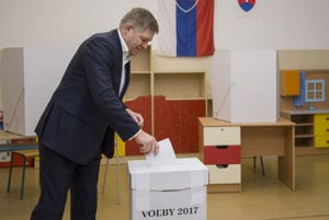 PM Robert Fico when voting in the regional election.