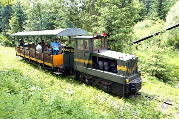 Vychylovka railway