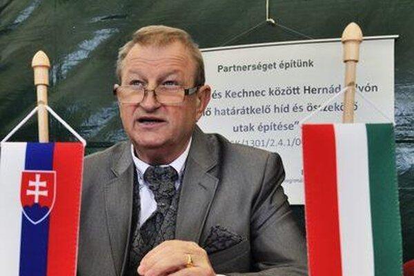 Kechnec mayor Jozef Konkoly unveiled High-Tech Park plans.