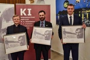 L-R: Laureates of the Dominik Tatarka Award 2017 Miloš Lichter, Misho Kapustin and Bohdan Hroboň on the award gala, March 13, 2018 in Bratislava.