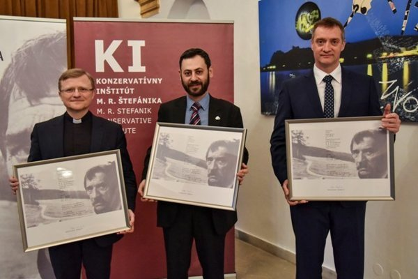 L-R: Laureates of the Dominik Tatarka Award 2017 Miloš Lichter, Misho Kapustin and Bohdan Hroboň on the award gala, March 13, 2018 in Bratislava.