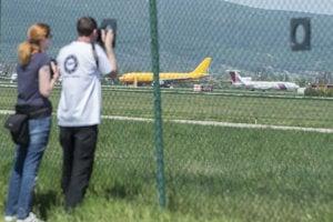 Plane spotter at Bratislava airport