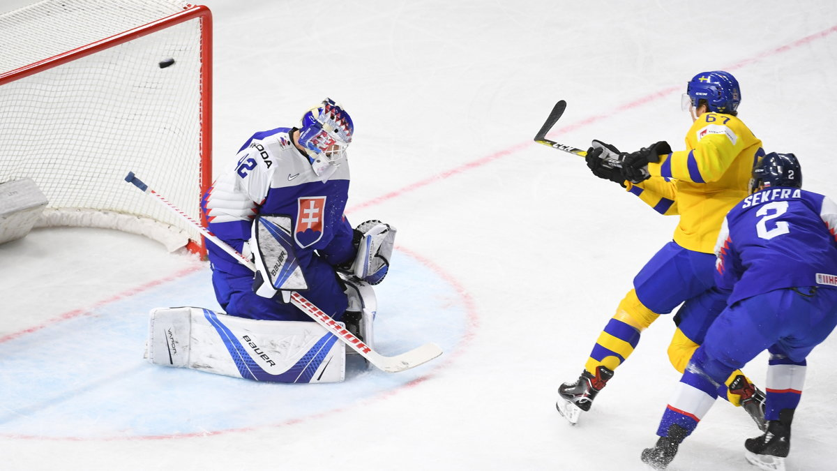 Sweden gets OT win over Slovakia at hockey worlds, Latvia beats Germany