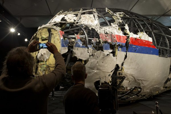 Reconstructed fornt part of the downed Malaysia Airline plane