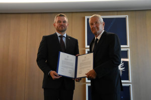L-R: Slovak PM Peter Pellegrini and Secretary General of the Council of Europe Thorbjorn Jagland after signing the Council of Europe Convention on the Manipulation of Sports Competitions, June 27, 2018.