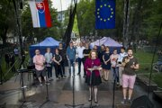 Slovak journalists at one of protest rallies organised in response to the murder of journalist Ján Kuciak and his fiancée.
