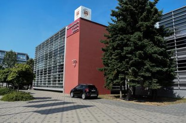 Pan-European University