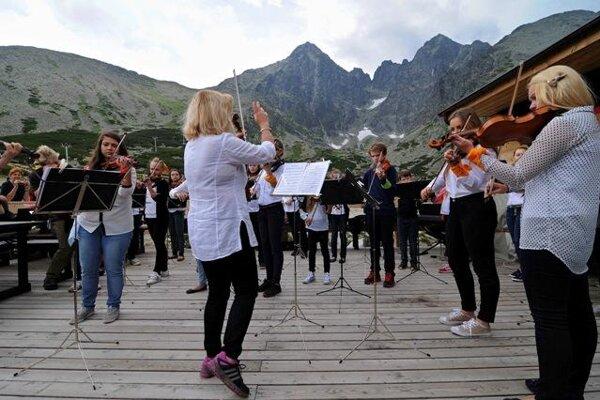 High Tatras, open-air violin concert