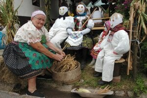 "The ""Hontianska paráda"" folklore festival takes place every August in Hrušov in the Hont Region"