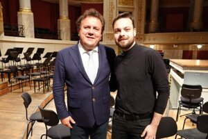 Slovak violinist Dalibor Karvay was appointed as the first Vienna Symphony concertmaster on November 14, 2019
