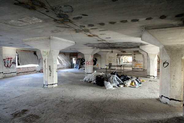 The historical wareholuse may turn into a craft brewery and offices.