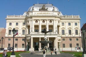 Slovak National  Theatre – Historical building