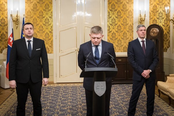 Left to right: Andrej Danko (SNS), Robert Fico (Smer), Béla Bugár (Most-Híd)