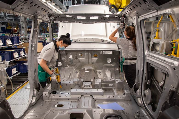 Jaguar Land Rover in Nitra restored its production.