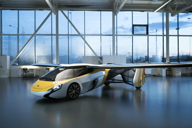 AeroMobil in flight mode with wings extended.