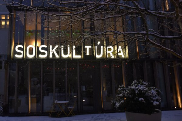 In solidarity with all people working in the creative industries, who have been hit hard by the crisis, a new installation named 'SOS Kultúra' is lit up at the Nádvorie independent culture centre in Trnava.