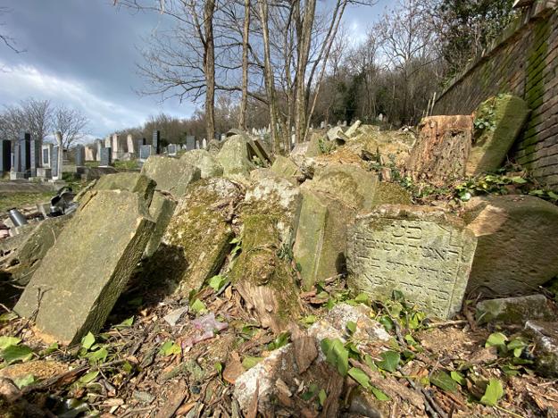 Bolo znovu objavených štyristo židovských náhrobných kameňov zničených v 40. rokoch 20. storočia.