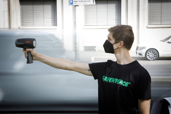Environmental activists call for traffic slow down in Bratislava.