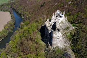 Šášov Castle.