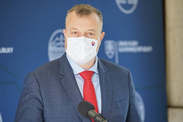 Labour Minister Milan Krajniak (Sme Rodina)