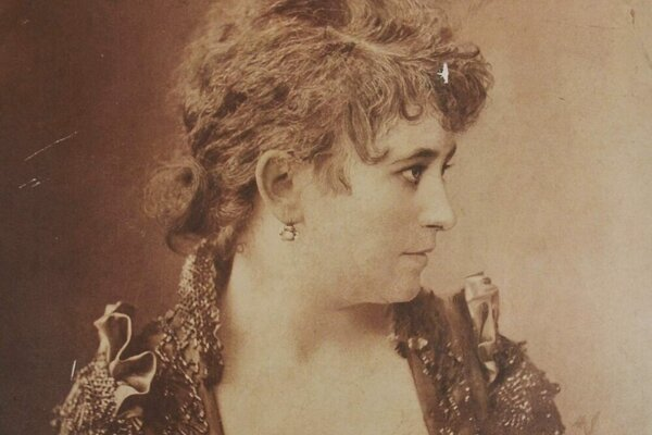 The Jewish actress Mária Bárkány often returned to her hometown of Košice.