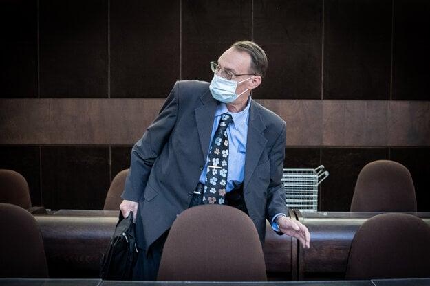 Dobroslav Trnka at court.