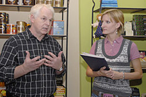 Allan Bussard speaks at the opening of the Ten Senses store.
