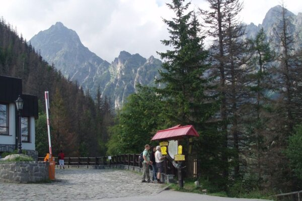 A lot of visitors means a lot of rubbish: volunteers collected 650kgs of it in the High Tatras.