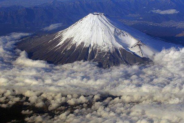 Mount Fuji is the highest peak in Japan.