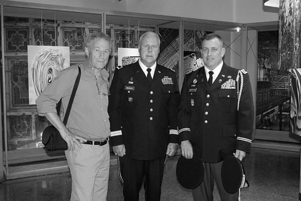 Yuri Dojc (l) with Major General R.Martin Umbarger (c) at Indiana University.