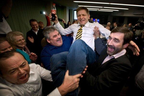 Robert Fico celebrating.