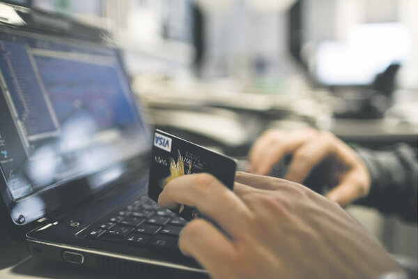 Firms are seeking more online shoppers in Slovakia.